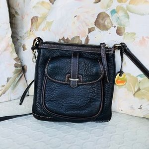 Dooney & Bourke Crossbody Bag in Dark Brown